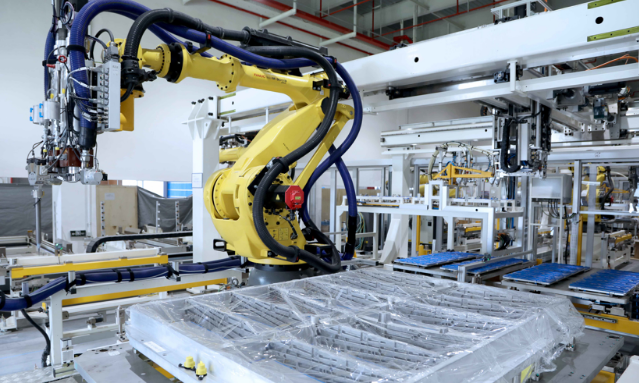大众工厂机器人.png