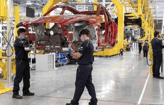 英呼吁救助汽车业:近3万人将失业