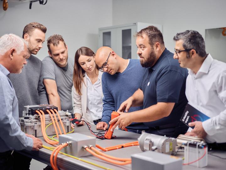 采埃孚售后在華推出高電壓培訓課程