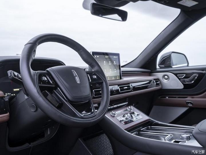 林肯(进口) 飞行家新能源 2019款 3.0T V6全高性能插电式混动版
