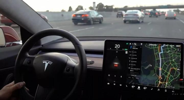 特斯拉 Autopilot 如何单挑全世界?