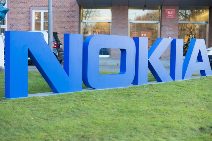 诺基亚专利,诺基亚戴姆勒专利费纠纷