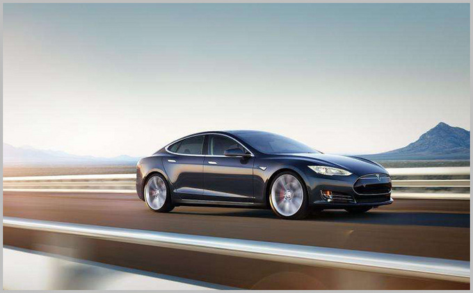 综合性能媲美百万级纯电标杆 小鹏P7对比Model S-图8
