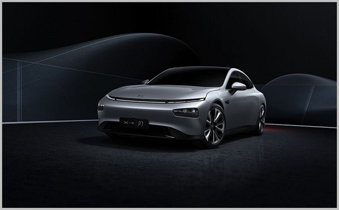 综合性能媲美百万级纯电标杆 小鹏P7对比Model S-图14