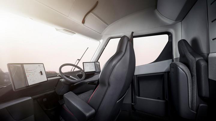 电动汽车,黑科技,前瞻技术,特斯拉,特斯拉专利,特斯拉座椅专利,特斯拉半挂卡车座椅,汽车新技术