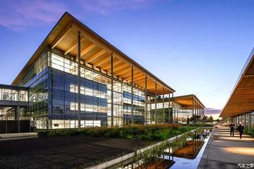 耗资5亿英镑 捷豹路虎大型生产中心开幕