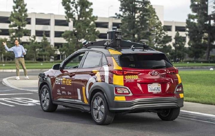 小馬智行發布微信小程序 推自動駕駛車