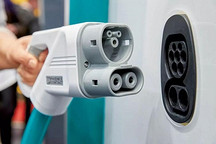 德媒实测四款高端纯电 SUV:最贵的特斯拉最差