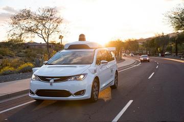 Waymo自动驾驶汽车行驶里程破2000万英里大关