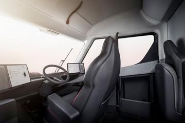 特斯拉专利:为半挂卡车座椅配备悬挂系统 调节高度之余提升安全性