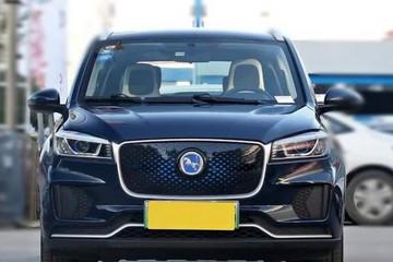 汉腾推出新能源电动微型车 5门4座 续航310km