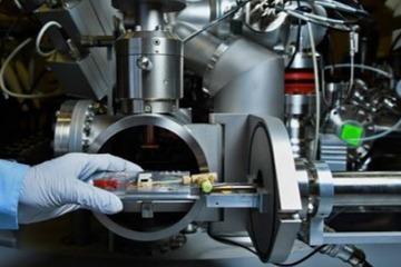 PNNL研究人员揭示电池首次充电SEI的形成过程