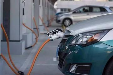 专家呼吁维持补贴不变,放宽新能源汽车限购
