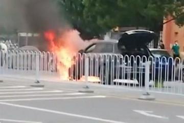 理想ONE燃烧事故调查结果:异物导致,增程器和电池没问题