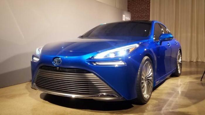 丰田发布了,最新的氢燃料电池汽车Mirai.jpeg