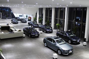 """过去几个月,近1400家4S店被注销了,汽车行业进入""""活下去""""模式"""