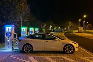 瑞典6月插电式汽车份额达24.6%,特斯拉领跑纯电动