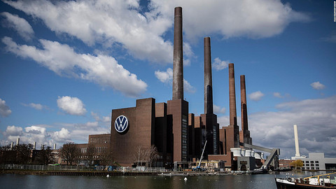 200424083935-01-volkswagen-factory-wolfsburg-germany-0331-full-169.jpg