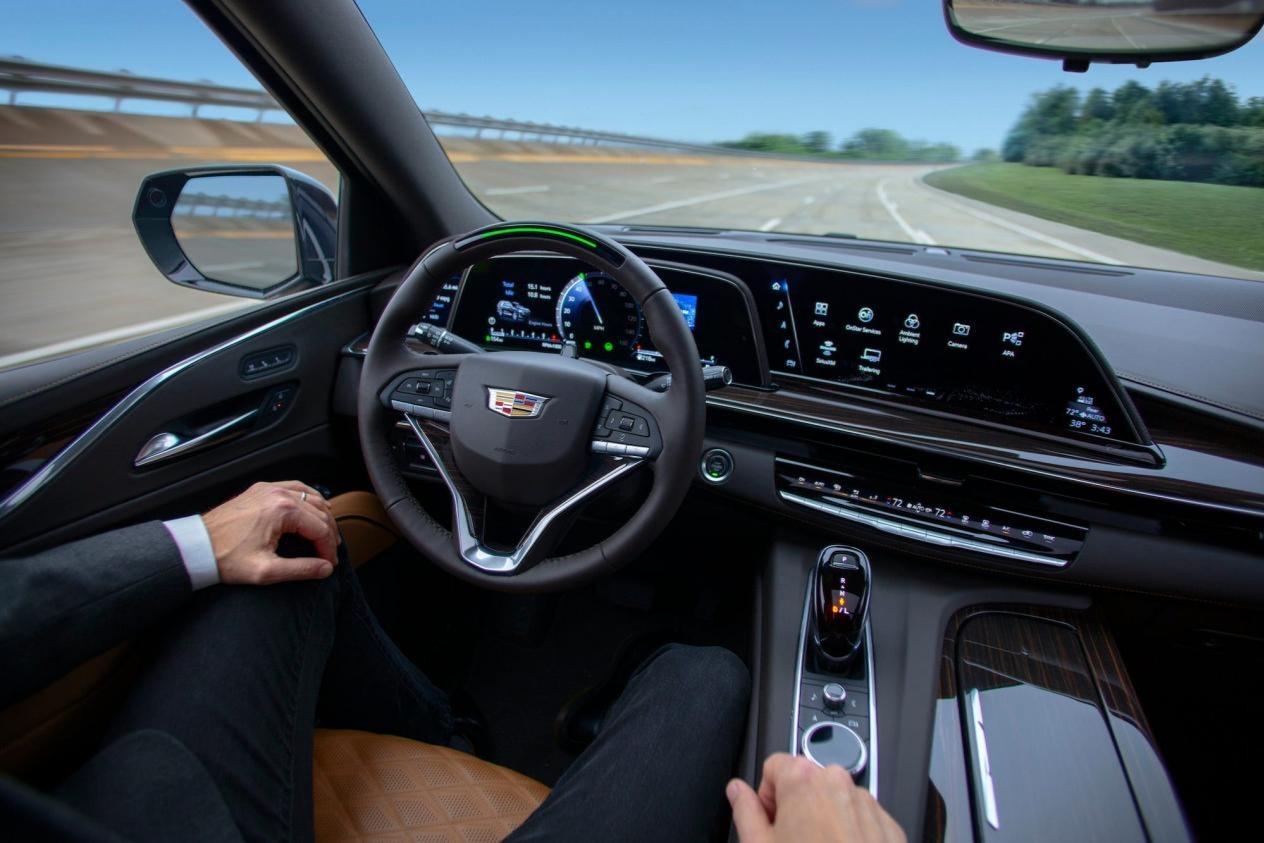在Super Cruise中,我看到了汽车未来的样子