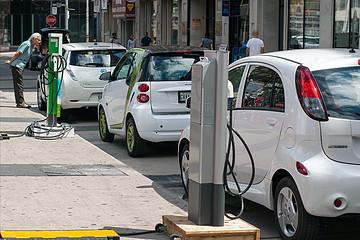 欧洲新能源汽车市场为什么会在2020年出现爆炸式增长?