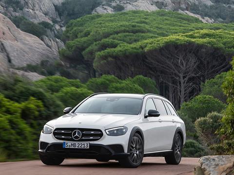 Mercedes-Benz-E-Class_All-Terrain-2021-1280-09.jpg