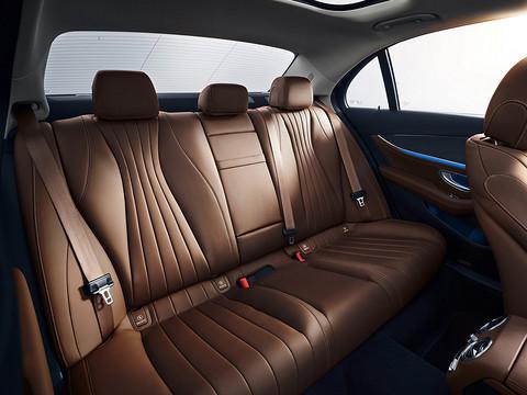 Mercedes-Benz-E-Class-2021-1600-2a.jpg