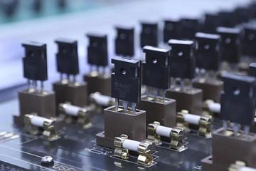博世半导体新动作:300mm晶圆厂,SiC,基本半导体