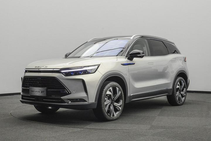 北汽全新中型SUV来袭!BEIJING-X7将于5月25日开