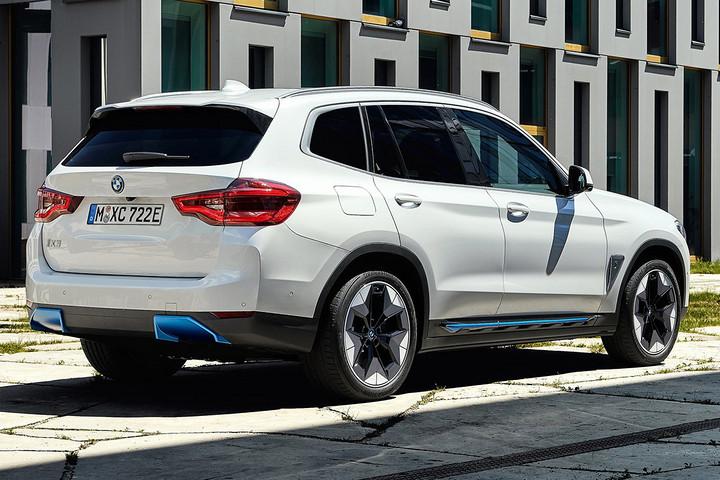 BMW-iX3-2021-1280-1a.jpg