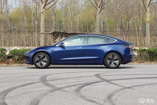 Model 3底部漆面过快老化破损 或遭车主集体诉讼