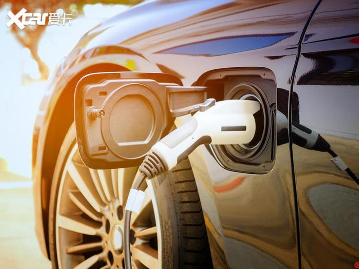 政策/车企纷纷发力 氢能源汽车风口将至