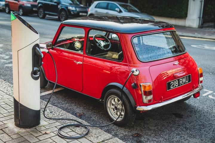 classic-mini-cooper-electric-conversion-by-swind_100708052_l.jpg