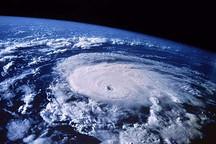 转折时刻:风暴中的世界