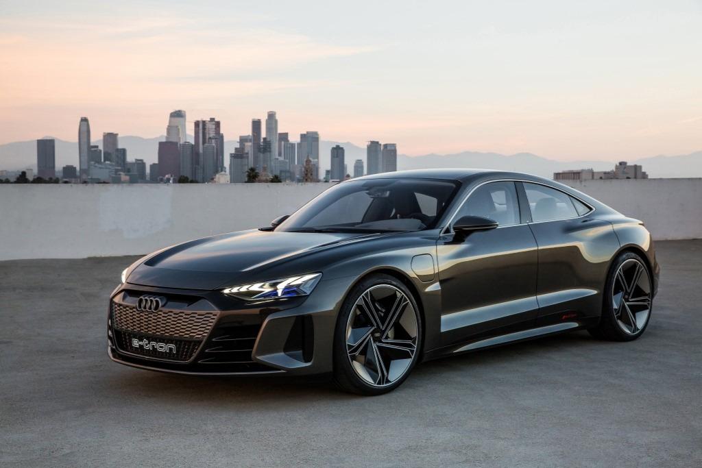3.5s破百!奥迪发布全新纯电高性能GT轿跑 e-tron GT
