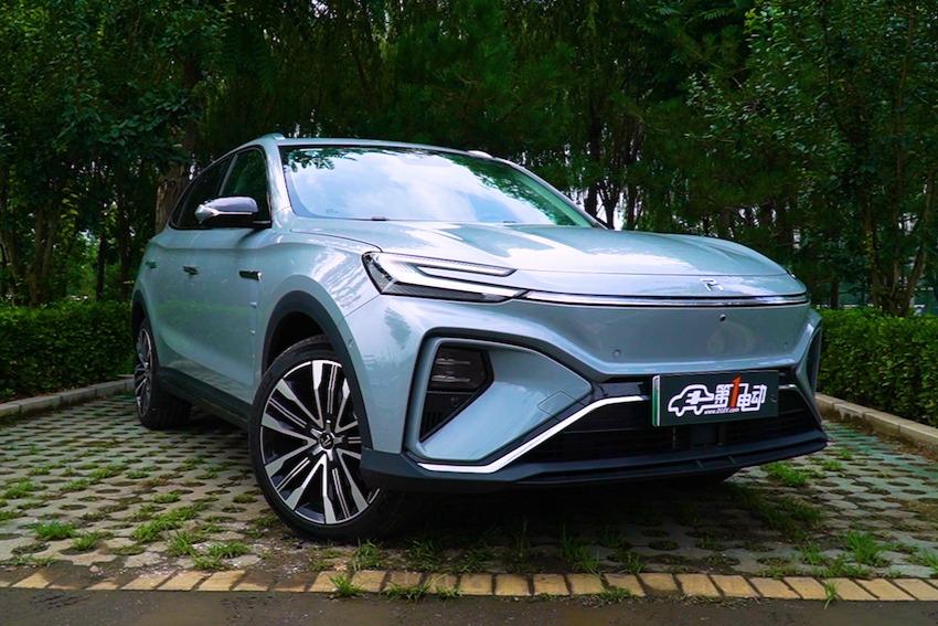 电动嘚吧嘚 | 全球首款5G智能量产SUV!20万出头开走周董同款!