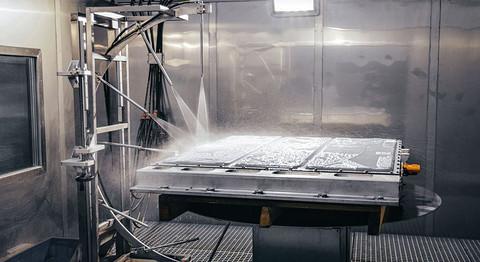 岚图FREE增程版电池包:高温高压喷水试验.jpg