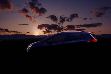 雪佛兰Bolt EUV预告图发布 分体式大灯设计 2021年投产