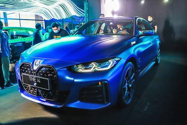 会是你的第一台电动轿跑吗? BMW i4静态体验