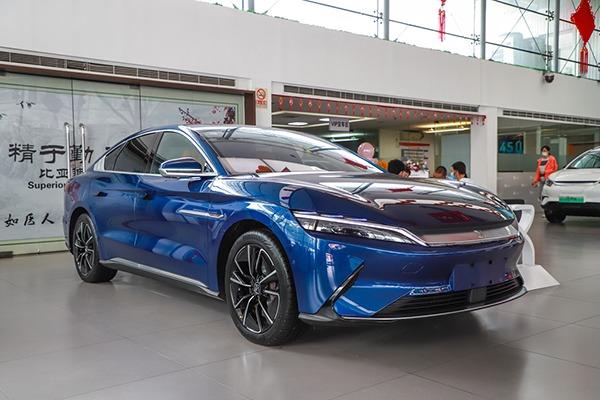 与我共同感受极光可好 比亚迪汉EV新车型到店