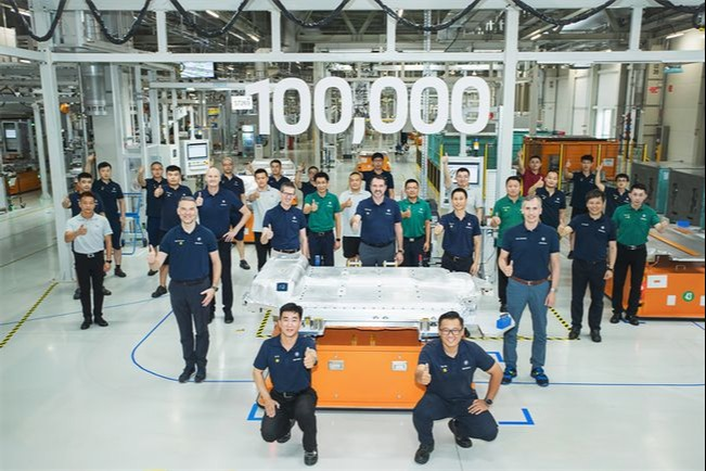 快速推进电动化 华晨宝马第十万台动力电池下线