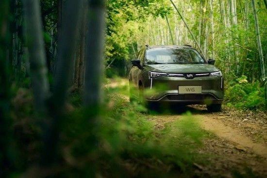 威马 W6 车型即将迎来第三次 OTA  包括无人自主泊车等