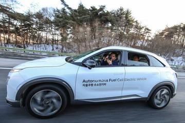 现代氢动力车NEXO驾驶员离车自动泊车体验