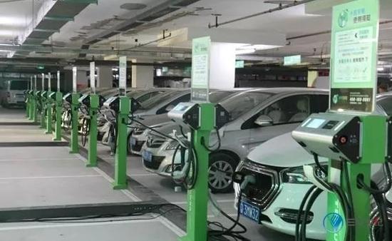 富电绿能退市,充电桩行业镌汰减速