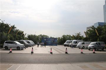5款车型覆盖全系!南京金龙力争夺取电动物流车市场10%-15%份额