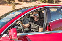 全球首个特斯拉Model 3深度试驾报告:这个世纪最为重要的一款车