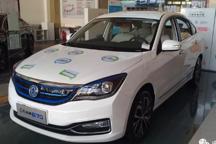 市售350公里续航车型实拍第一期:东风风神E70