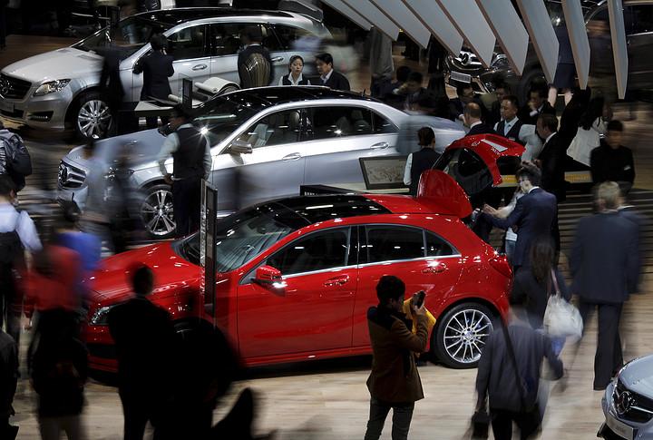 """为什么潜力巨大的中国汽车市场突然之间陷入了""""零增长""""?"""