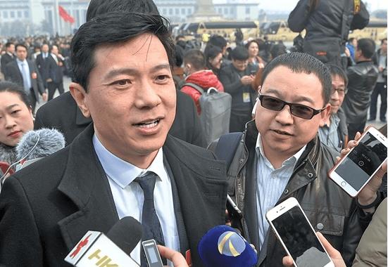 百度董事长李彦宏两会提案:打造自动驾驶政策全球新高地
