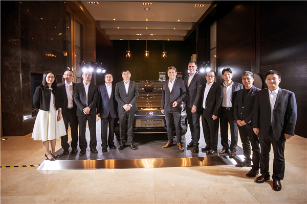 拜腾首款概念车中国首秀,B轮融资获一汽集团战略投资