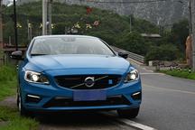 刮起蓝色风暴 试驾北欧高性能车沃尔沃S60 polestar
